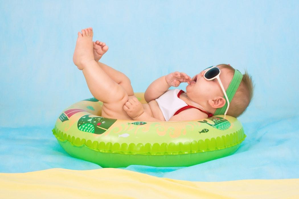 https://cdn.shortpixel.ai/client/q_glossy,ret_img,w_1050/http://www.dnevnikbuducemame.com.hr/wp-content/uploads/2018/11/Koje-proizvode-za-bebe-ne-treba-kupovati-odnosno-koje-su-jeftinije-alternative-3.jpg